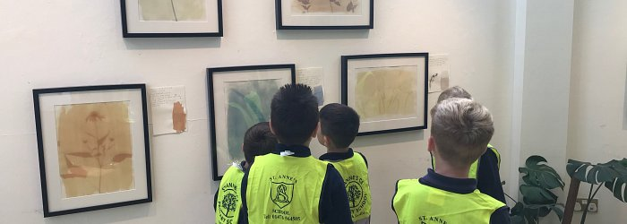 Year 4 Visit the Guildhall Arts Centre